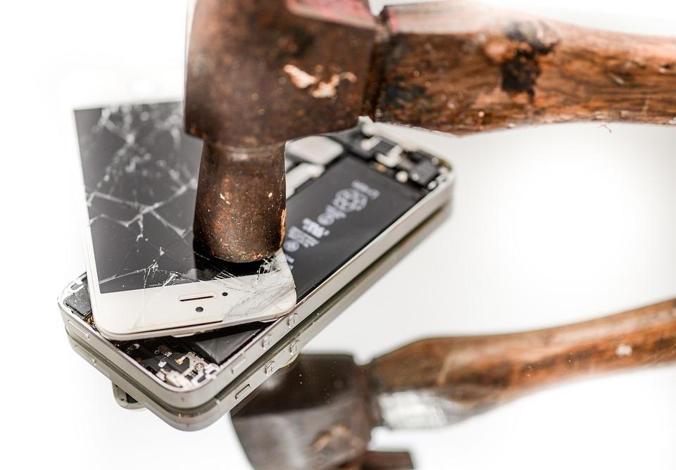 휴대폰 전쟁5.jpg