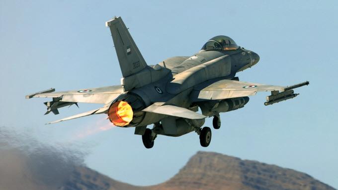 사진1. UAE공군.jpg