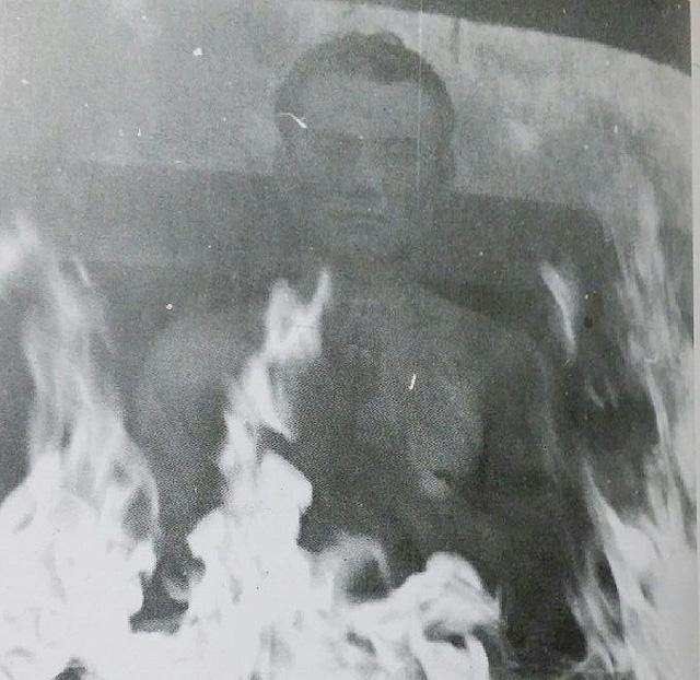 불속 사진.jpg