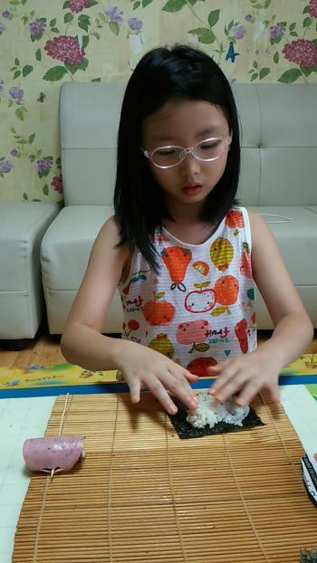 햄말이 김밥 (1).jpg