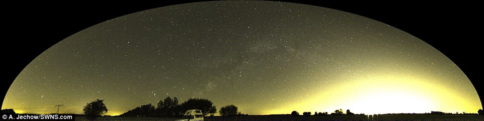 351EB10500000578-3635633-Light_pollution_is_a_growing_problem_in_the_majority_of_develope-a-10_1465585501326.jpg