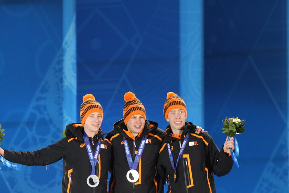 Men's_5000m,_2014_Winter_Olympics,_Podium_with_medals.jpg