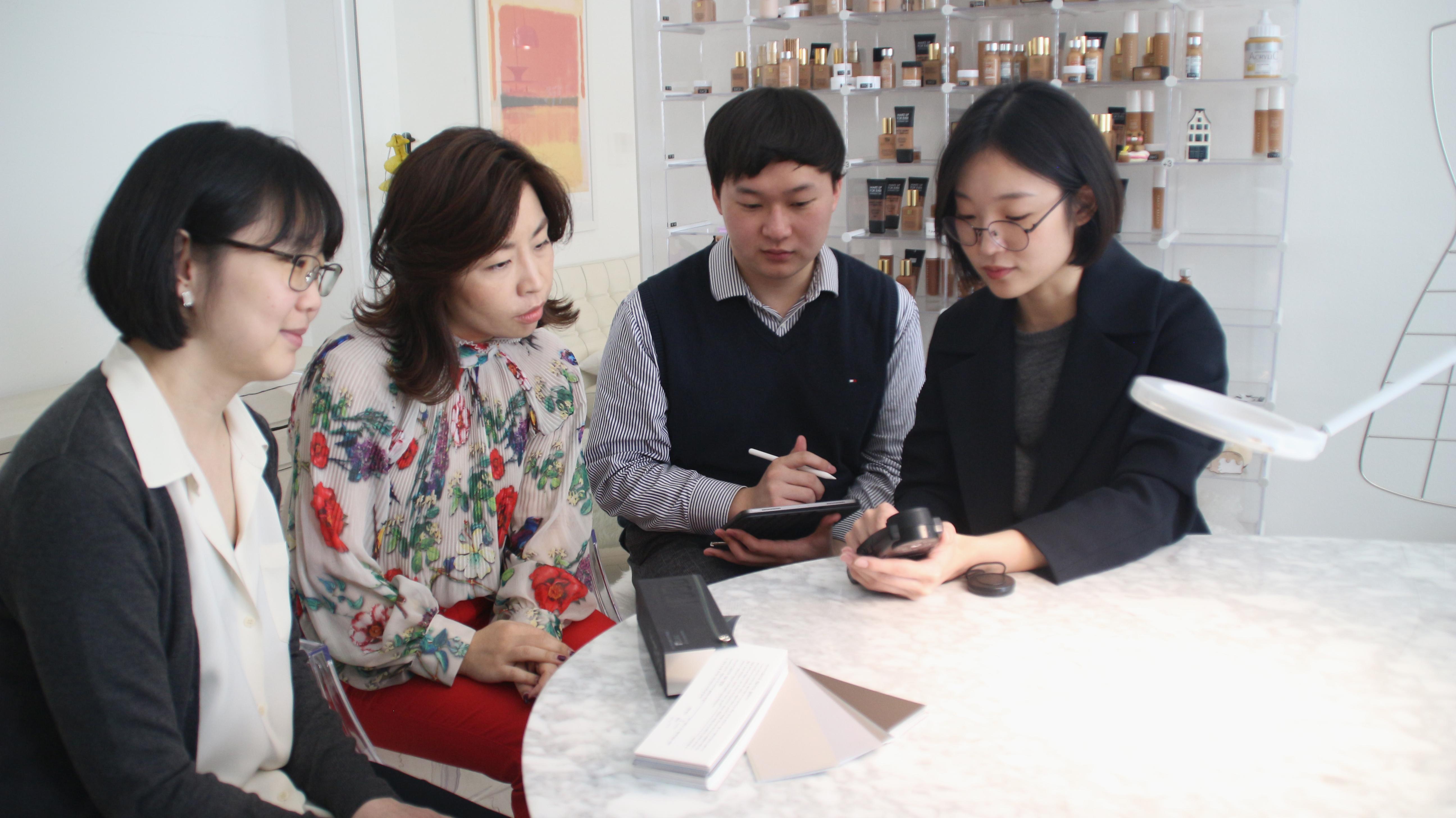 왼쪽부터 정현정 교수, 석현정 교수, 김태수 박사과정, 최경아 연구교수.jpg