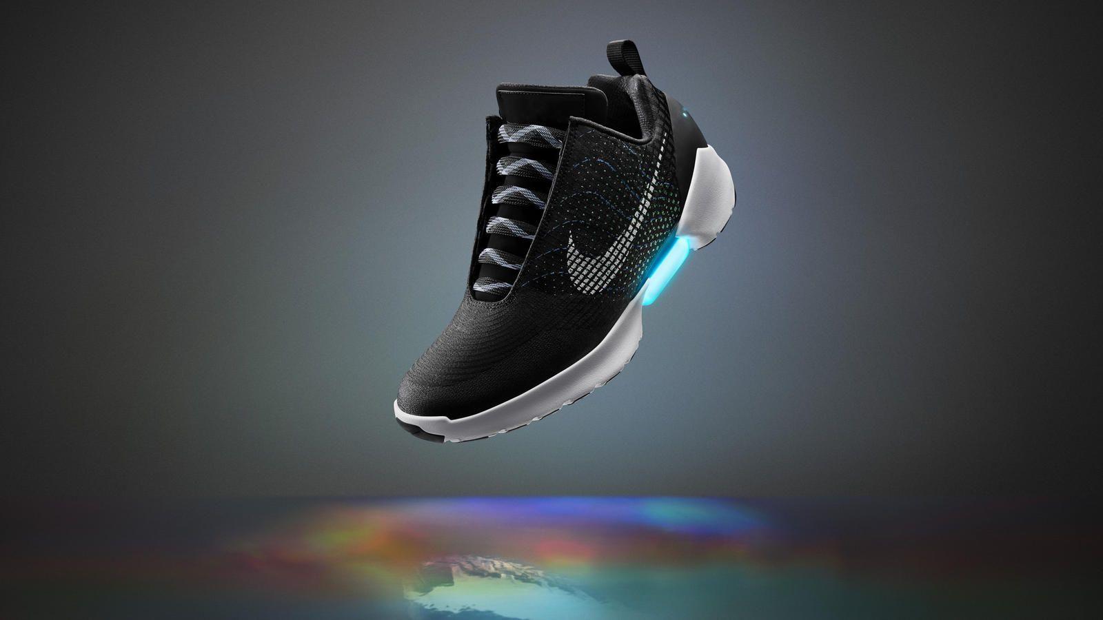 nike-hyperadapt-selflacing-shoes-fy16innosnowcapv2herortnoearlv1hd1600.jpg