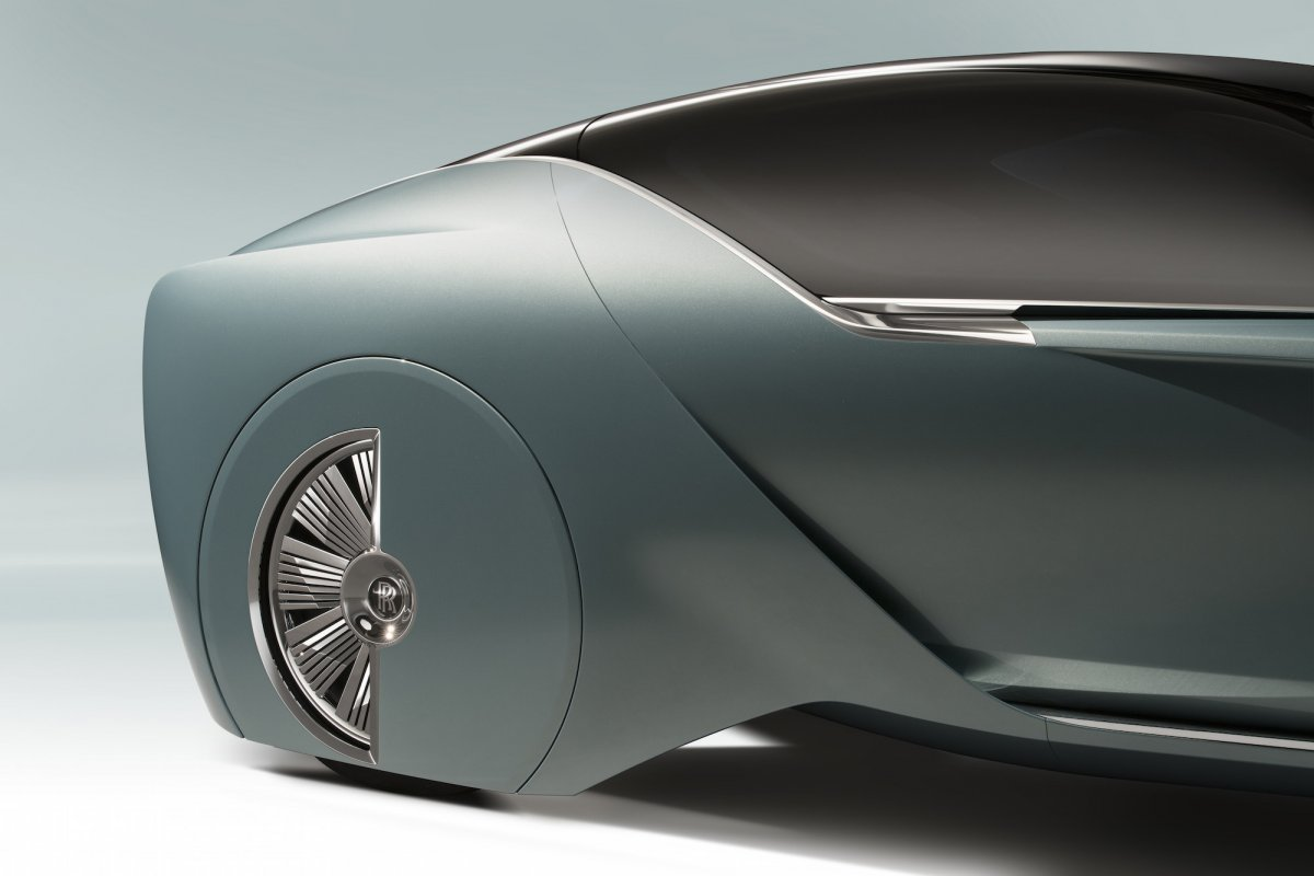 in-fact-each-of-the-cars-28-inch-wheels-are-hand-built-from-65-individual-pieces-of-aluminum.jpg