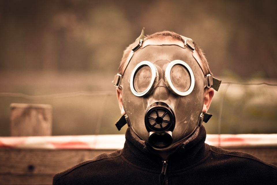 gas-mask-469217_960_720.jpg