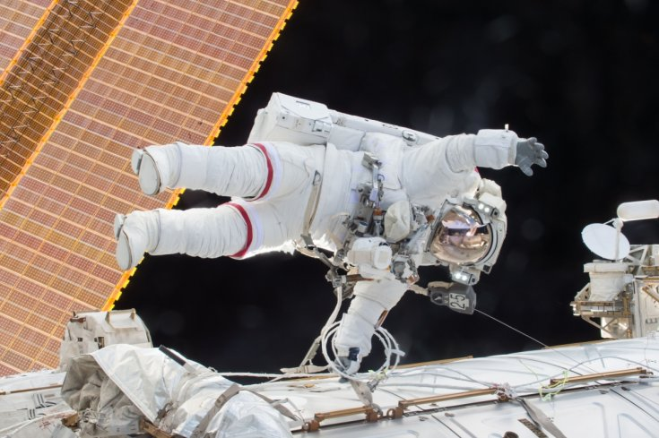 nasa-astronaut-scott-kelly-spacewalk.jpg
