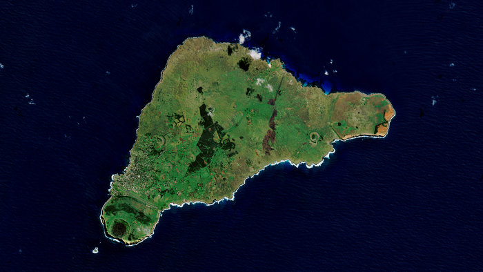 Easter_Island_node_full_image_2.jpg