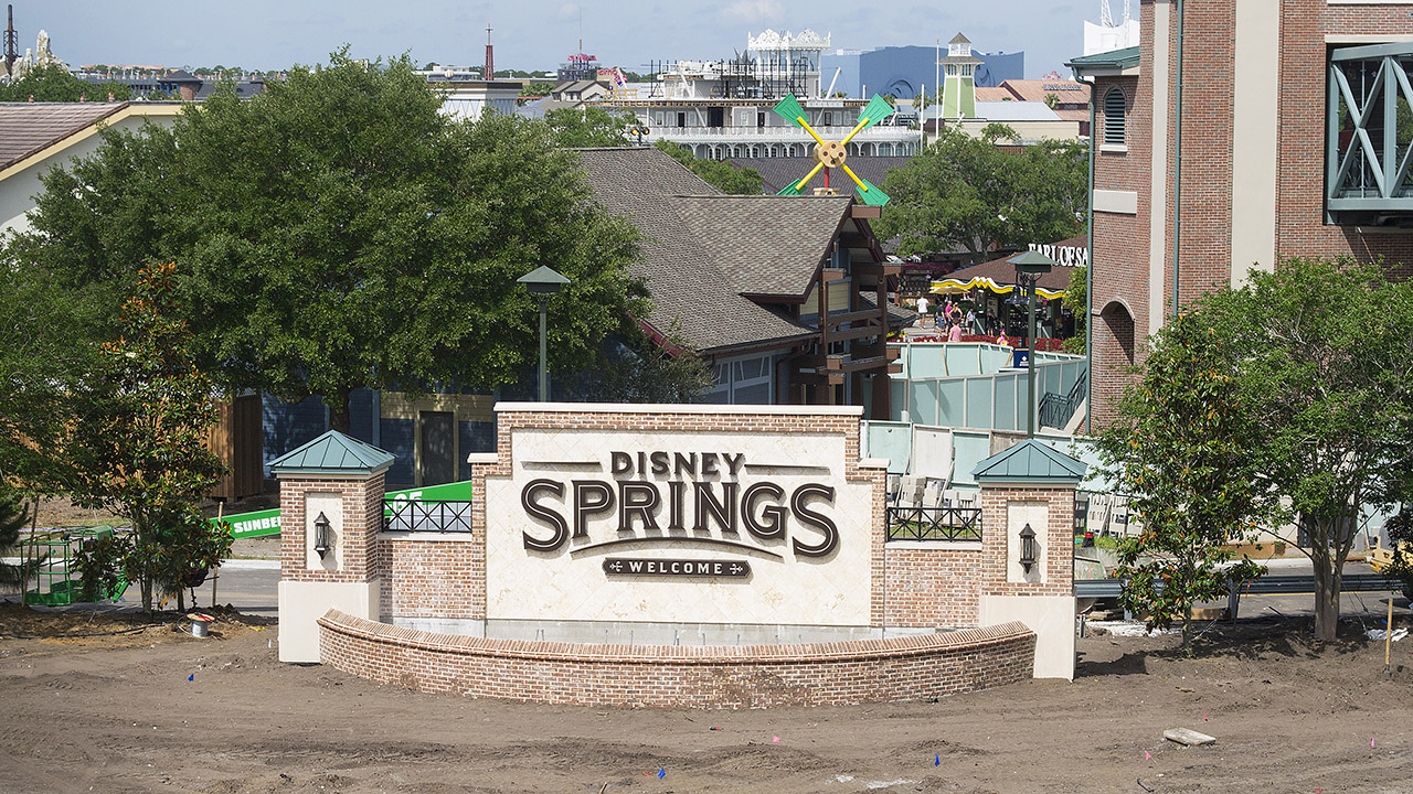 Disney-Springs-Marquee-Sign.jpg
