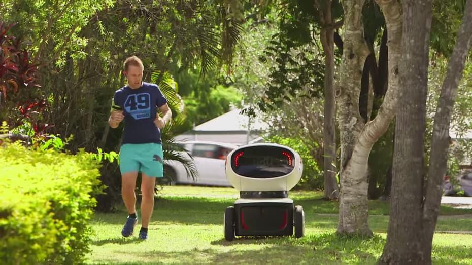 dominos-dru-delivery-robot-3.jpg