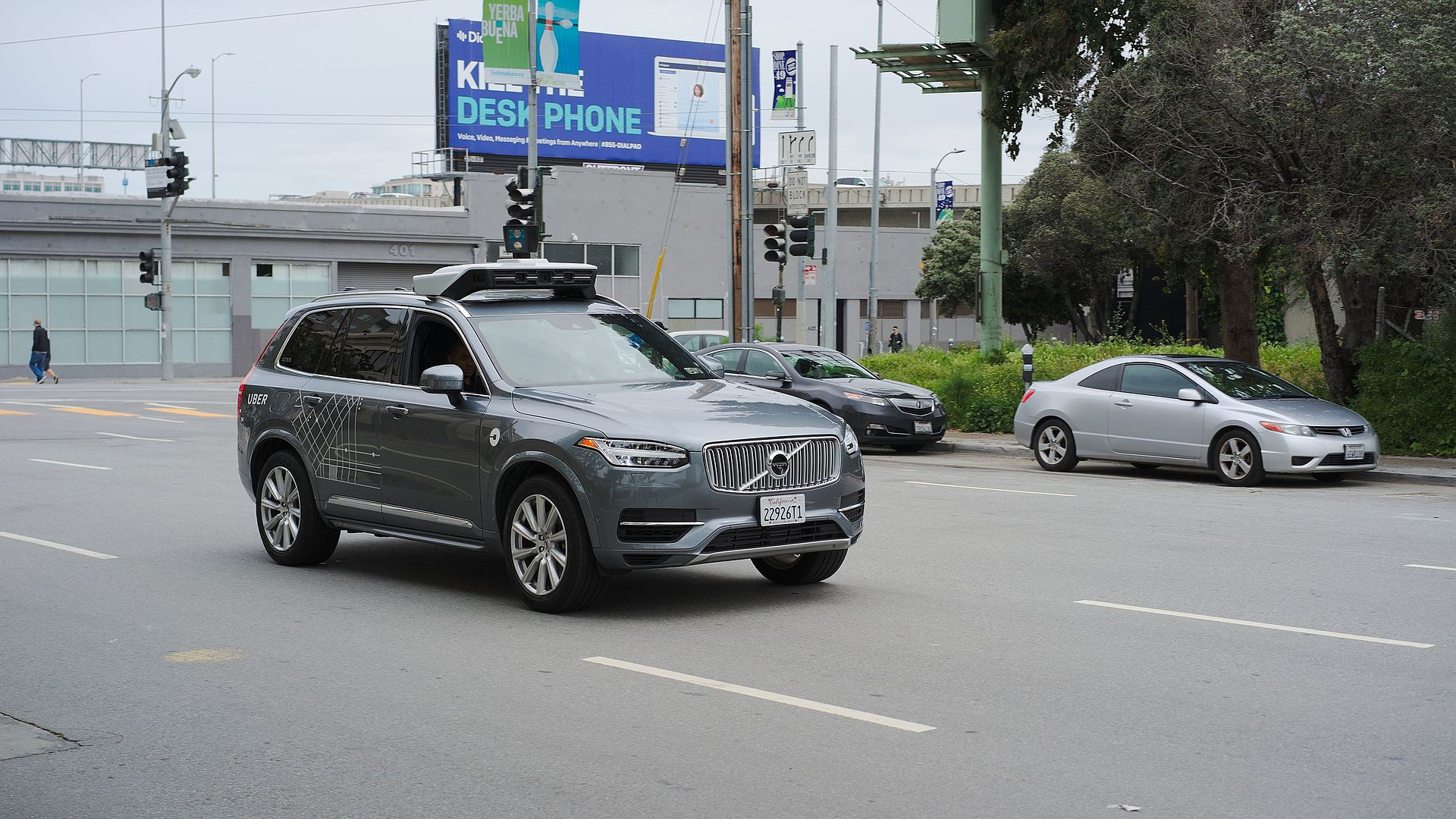Uber_Self_Driving_Volvo_at_Harrison_at_4th.jpg