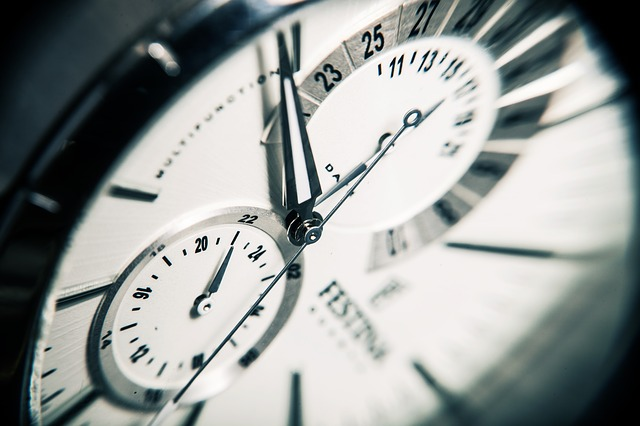 clock-407101_640.jpg