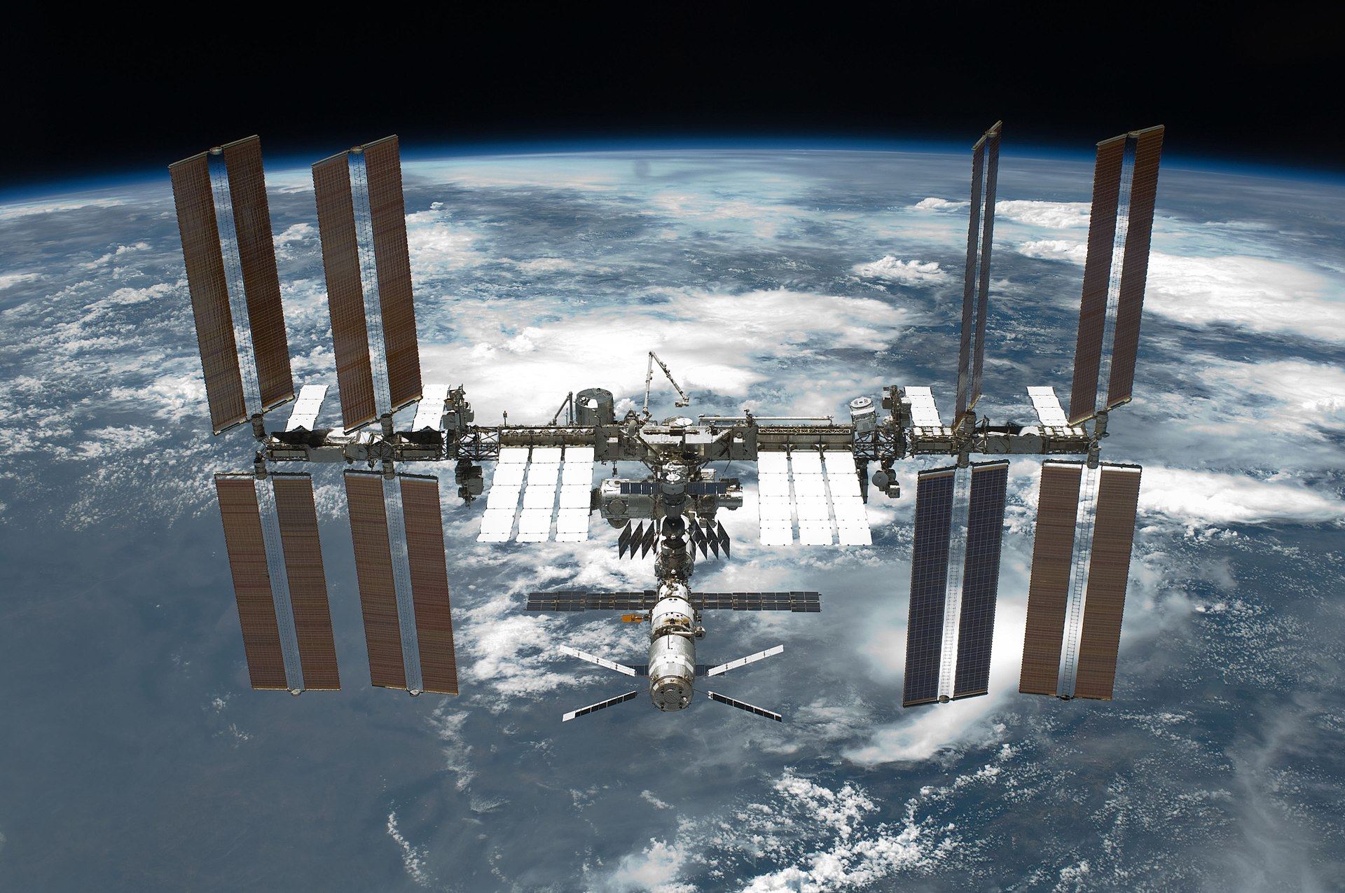 International_Space_Station_after_undocking.jpg
