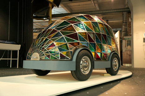 stained-glass-driverless-sleeper-car-of-the-future-dominic-wilcox-Dezeen-and-Mini-Frontiers-exhibition-London-Design-Festival_dezeen_468_35.jpgDezeen-and-Mini-Frontiers-exhibition-London-Design-Festival_dezeen_468_27.jpg