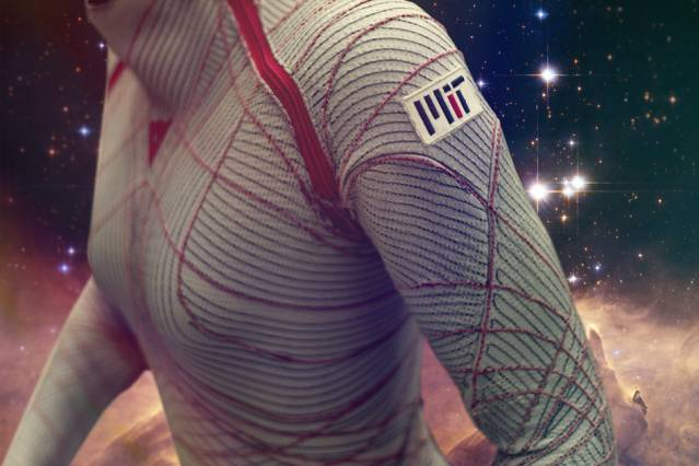 MIT-Compression-Suit-01_0.jpg